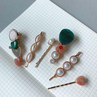 🚚 Vintage hairpins