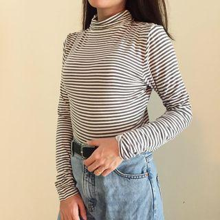 High Neck Top  RM15  Buy 2 items free postage
