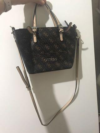 Guess sling bag mini