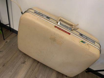 復古附輪行李箱