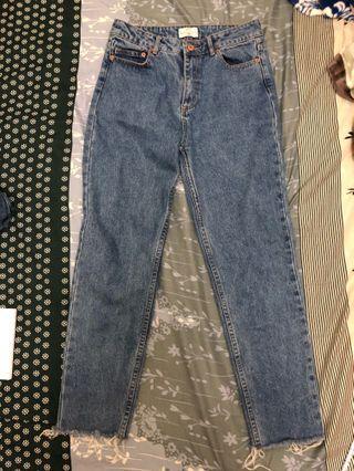 🚚 直筒高腰褲 抽鬚設計超好看