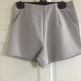 🚚 斜紋短褲