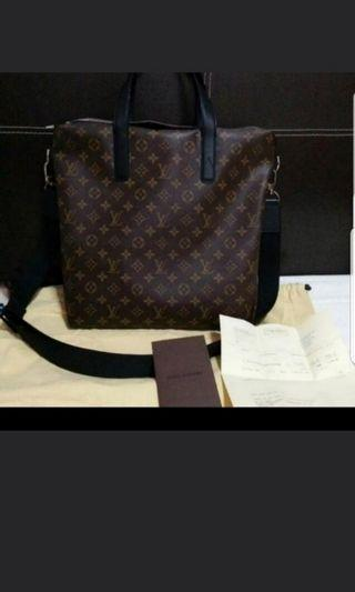Louis Vuitton Kitan In Monogram Macassar