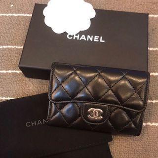 🚚 法國購回🇫🇷 Chanel 香奈兒 經典菱格銀色金屬 小羊皮零錢包卡夾 Classic Card Holder