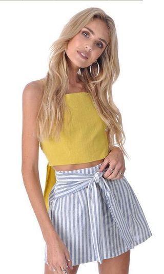 Ribbon Tie Stripe Skirt