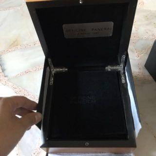 🚚 Panerai Box