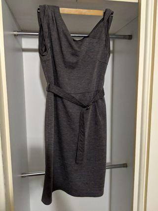🚚 Fancy sleeves grey work dress