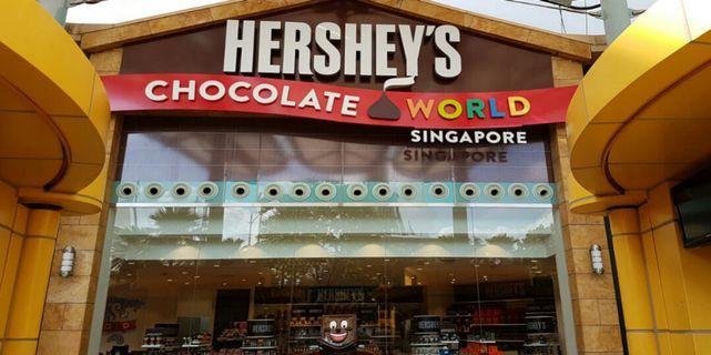 Hershey's Chocolate World - Job