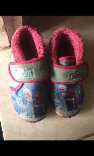 Sepatu frozen& cool kids pink