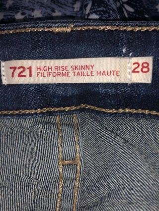 Levi's 28 32 Jeans