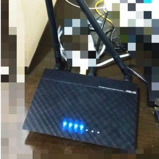 ASUS RT-N12HP Wifi Router $300->$140 - 高功率 Wireless-N300 具備路由器/AP中繼器 /無線網路延伸器