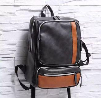 🚚 Leather Backpack