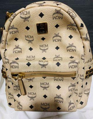 🚚 MCM Backpack small