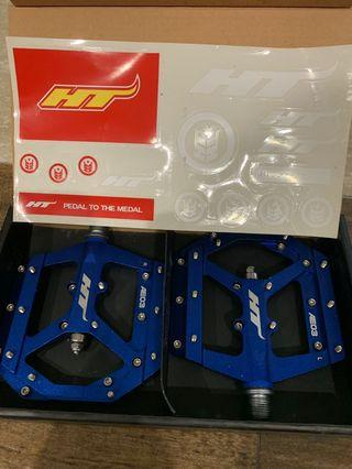 Brand new with box HT AE03 pedals