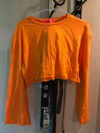 🚚 橘色短板長袖衣