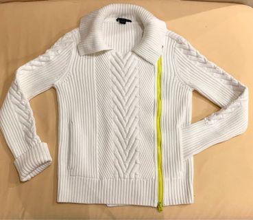 White sweater jacket collar yellow side zipper (size L)