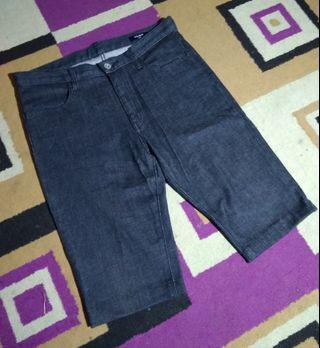 Jeans UNIQLO *ORIGINAL Celana Pendek