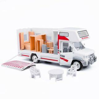 Luxury Camper Van Motorhome 1:28 Scale Car Model Diecast Gift Toy Vehicle Red