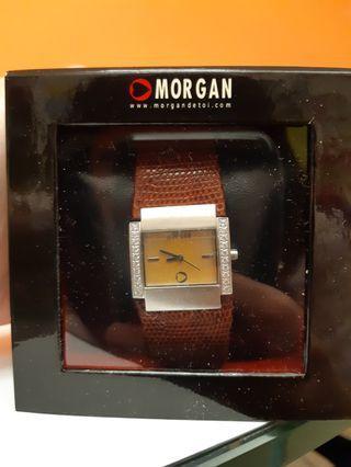 歐洲名牌morgan絕版女裝啡色皮帶水鑽手錶