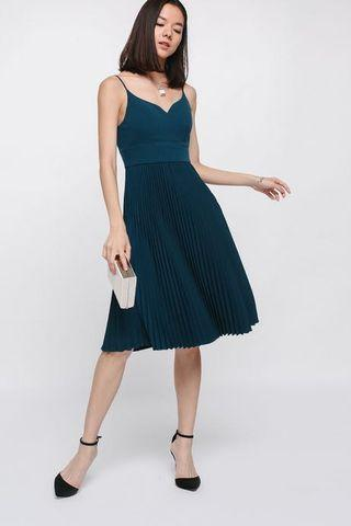 BNWT Love Bonito Aldis Pleated Midi Dress