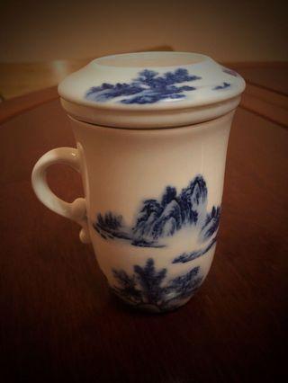 景徳鎮釉下彩陶瓷 有蓋茶杯連茶隔
