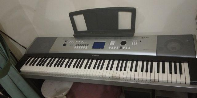 Organ YAMAHA dgx520