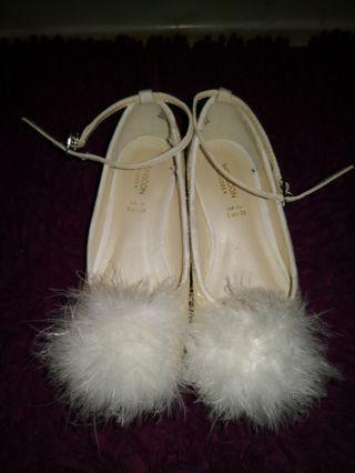 Monsoon白色閃粉毛球鞋28碼