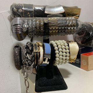 Jewelry display holder  #EndgameYourExcess