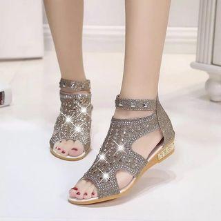 🌟INSTOCK🌟 Offer Women's Gold Sandals