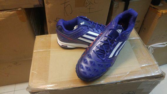 正版 ADIDAS B40487 羽毛球鞋