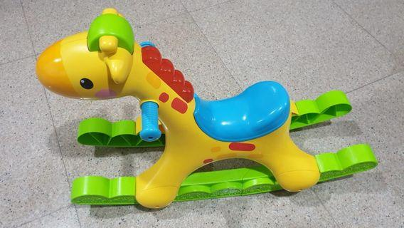 🚚 Fisher Price Rocking Giraffe