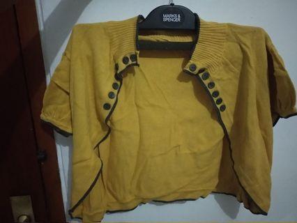 Bolero kuning