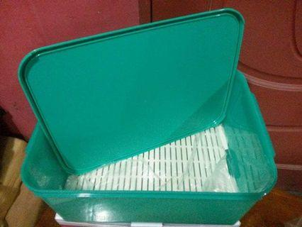 Clearance Tupperware jumbo Keeper 15L