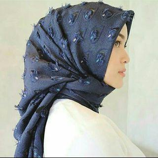Hijab squarr
