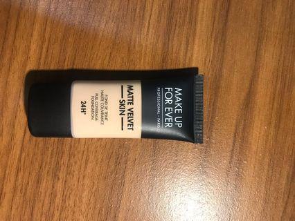 Makeup for ever matte velvet skin foundation 24H