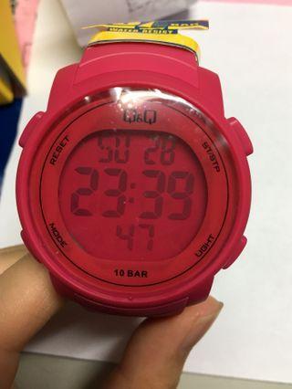 🚚 Q&Q電子手錶