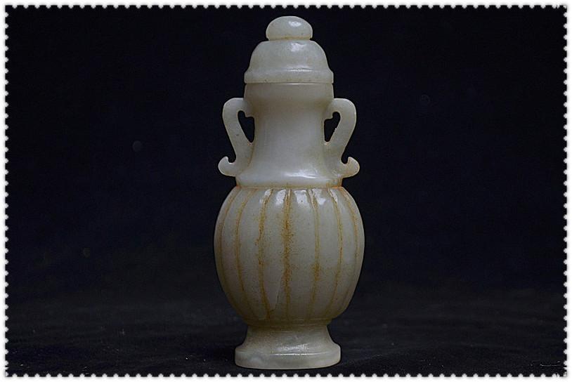 多年前 友人同遊入手 和闐玉 民國時期 寶瓶 風水開運擺設