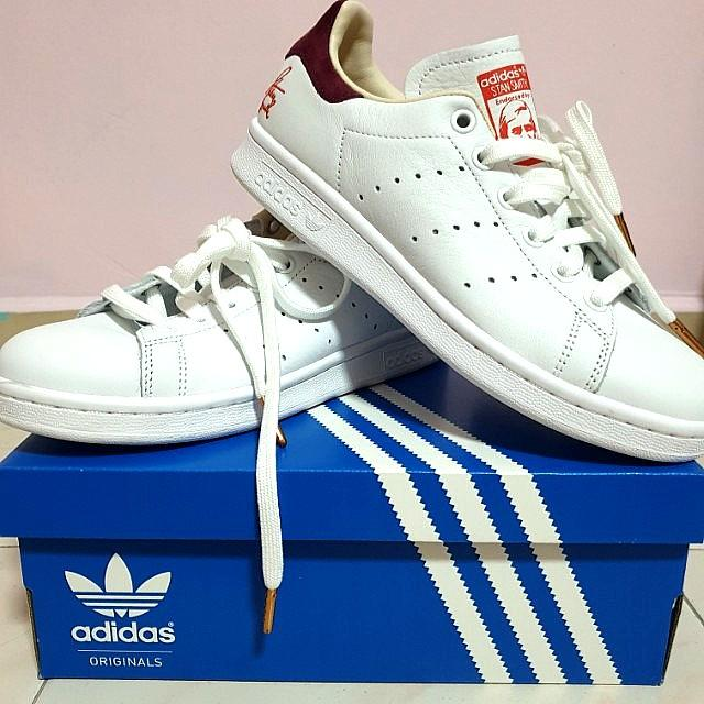 new products cc8fc d25a9 Adidas Stan Smith Scripted - Women Shoe, Women's Fashion ...