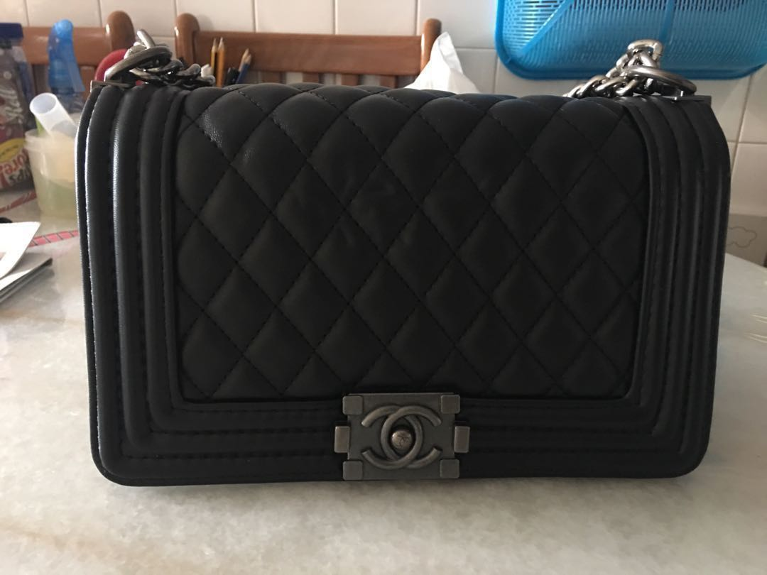 414d7a09ff30 Chanel Boy In Medium Size For Sale, Women's Fashion, Bags & Wallets ...