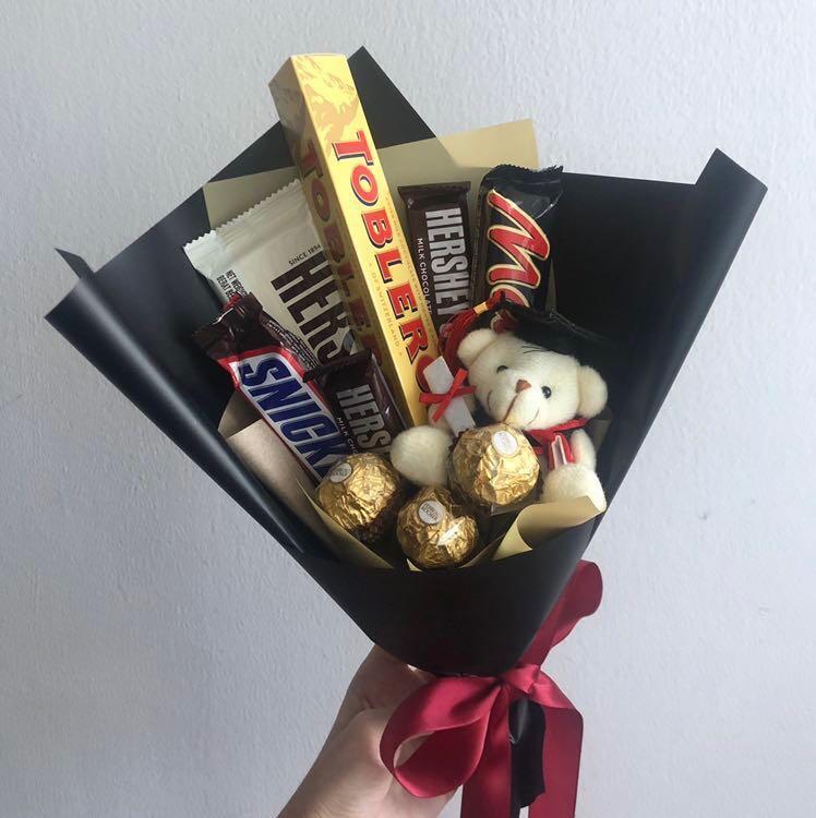 Chocolate graduation bouquet