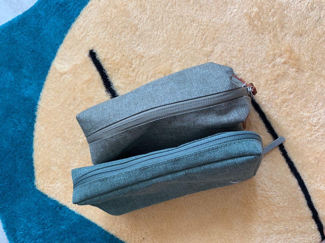 Cx travel kit 國泰旅行套裝袋
