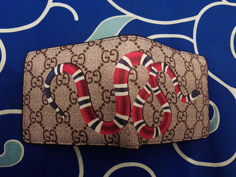 Dompet Snake Gucci