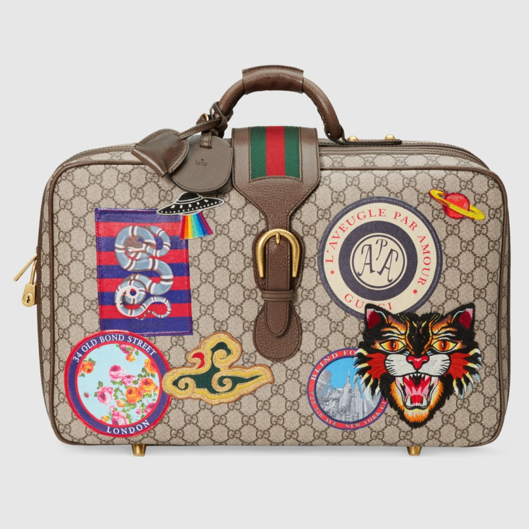 91e4faf7418d GUCCI Gucci Courrier GG Supreme suitcase, Men's Fashion, Bags ...
