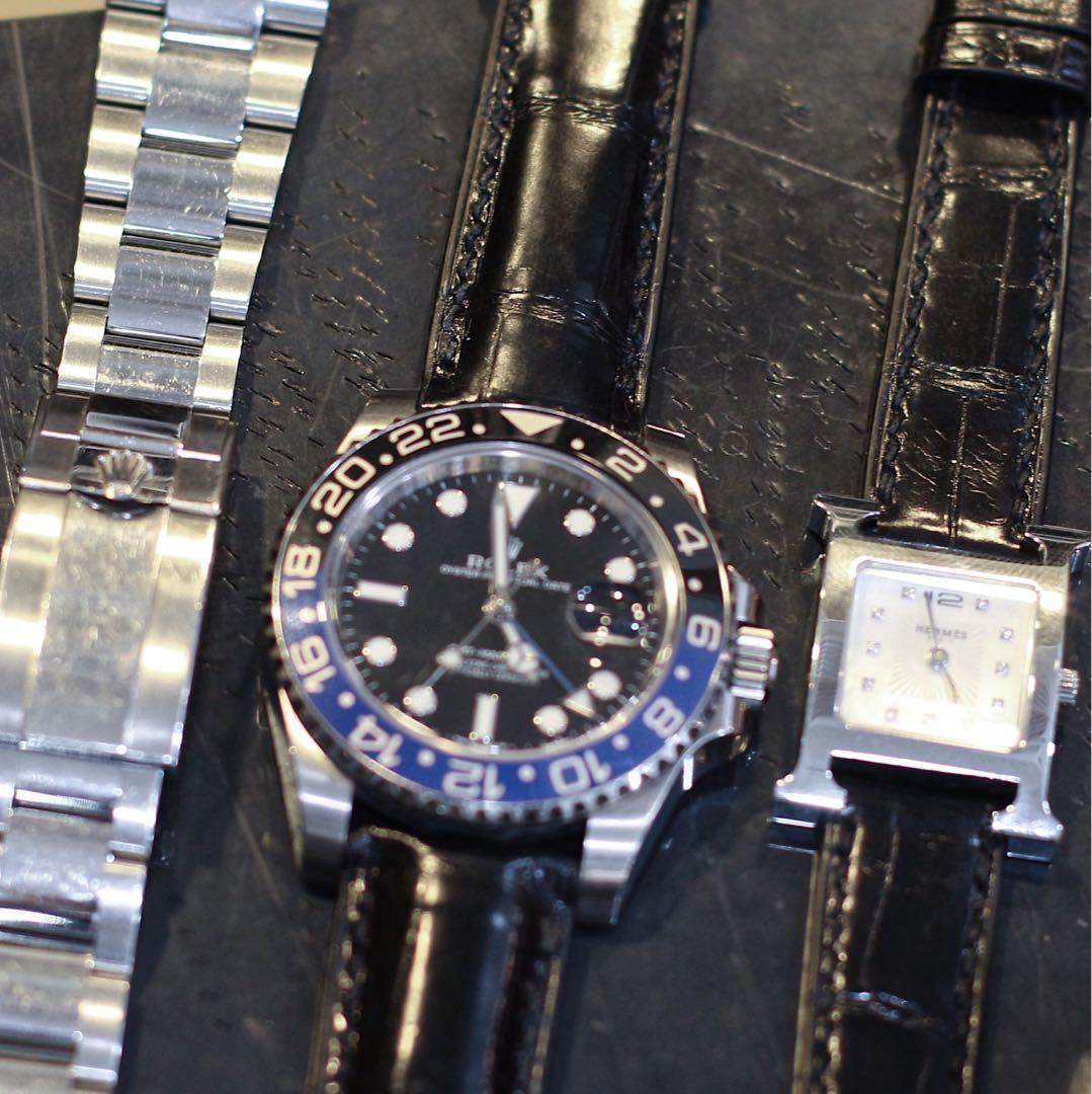 Handmade handstitched watch strap in squared USA alligator for clients Rolex submariner and Hermès watch
