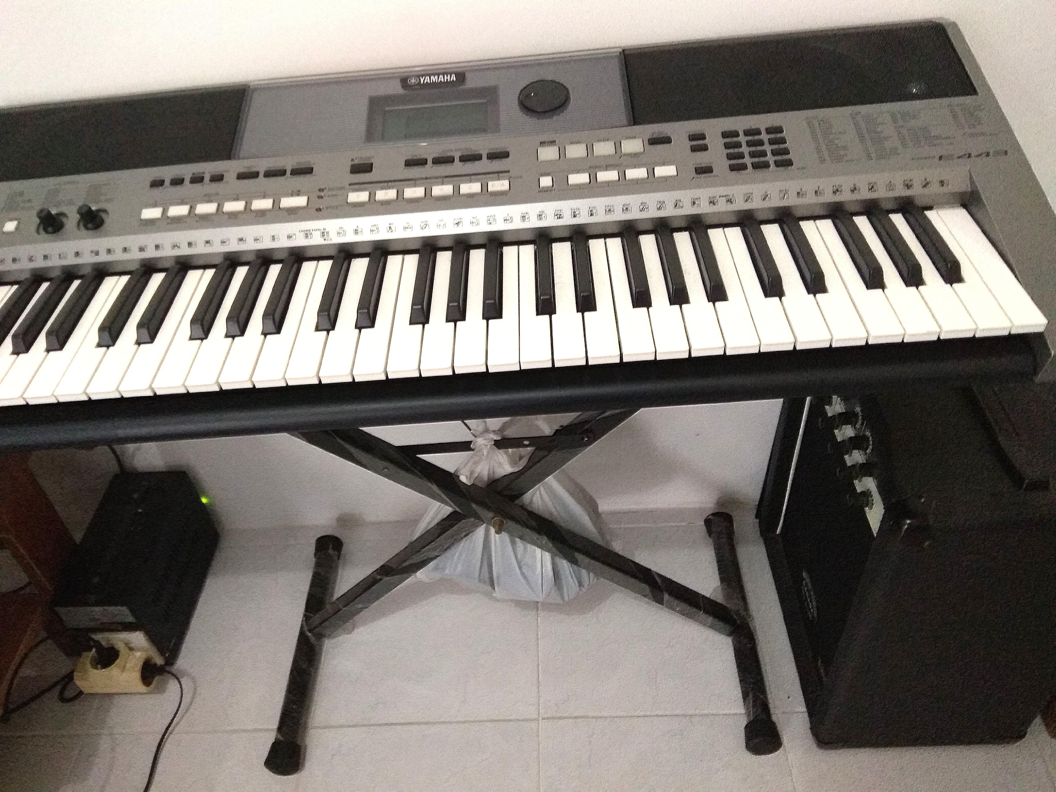 Keyboard Yamaha psr e443 set