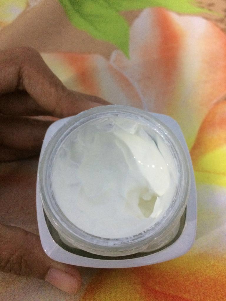 Loreal White Perfect Day & Night Cream