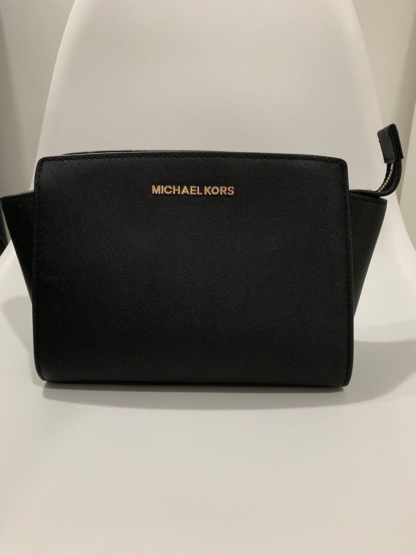 c0095fbbc07f Michael Kors Sling Bag, Women's Fashion, Bags & Wallets, Sling Bags ...