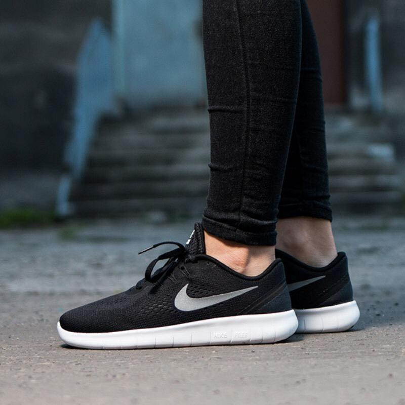 Nike free woman shoes authentic