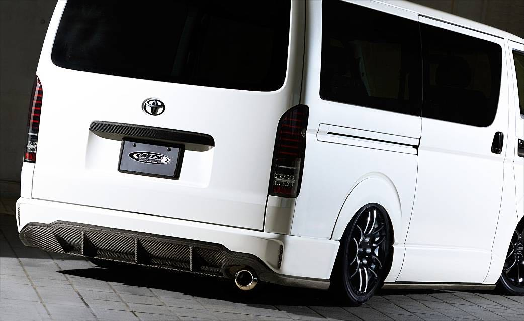 Offer! Toyota Hiace euro3-6 MTS Carbon Fiber bonnet and fiber Type advance Rear Bumper . Hiace accessories