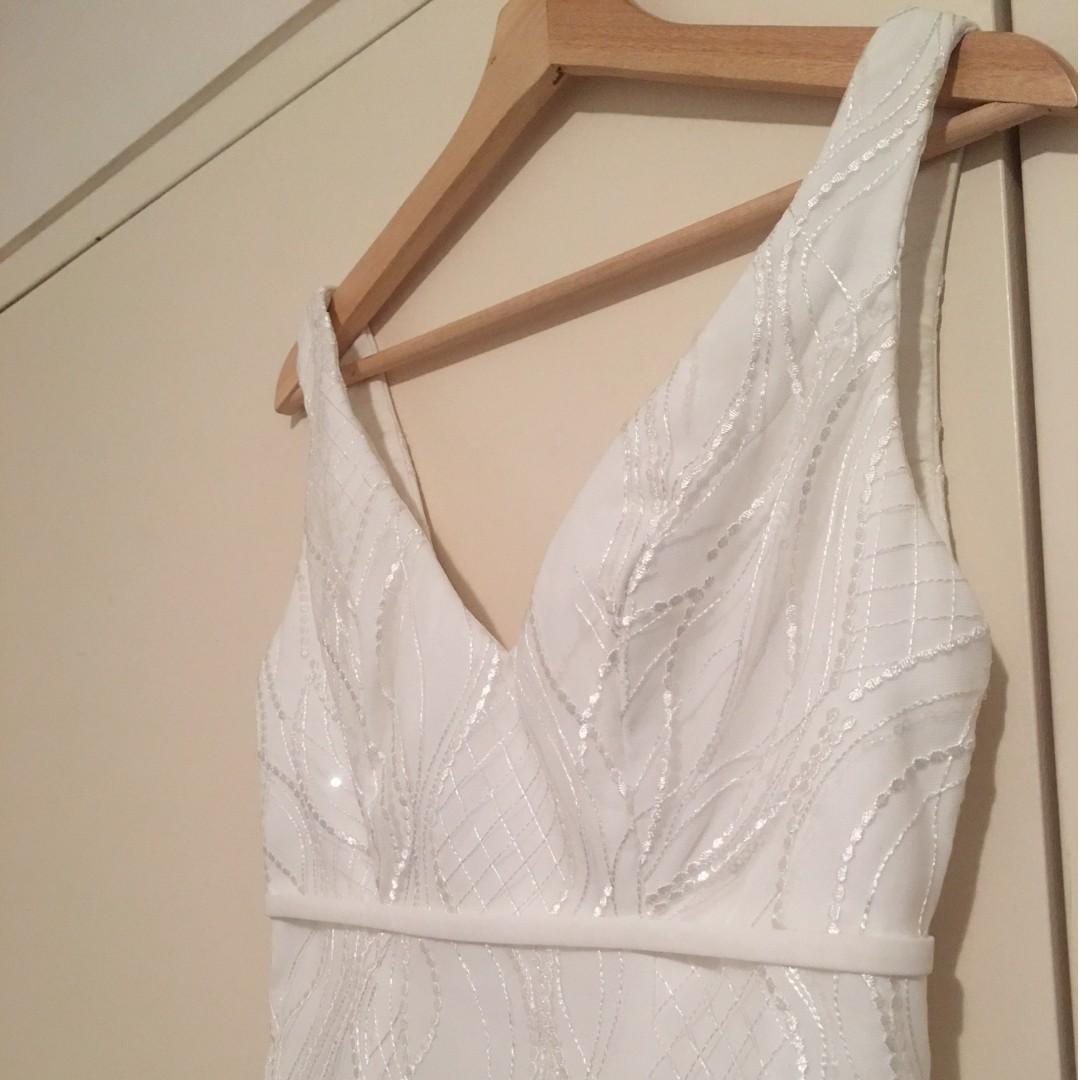 Beautiful one-of-a-kind wedding dress - never worn!